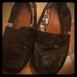 Sz 3 black glitter toms